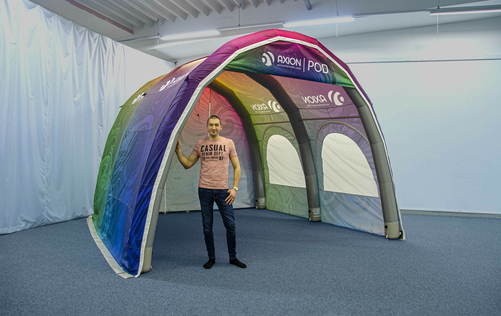 Axion Pod - Inflatable Tunnel Tent - Ideal for vehicle service & repairs, windscreen repairs, vehicle storage, event entrance tunnel, tent link tunnel, etc.