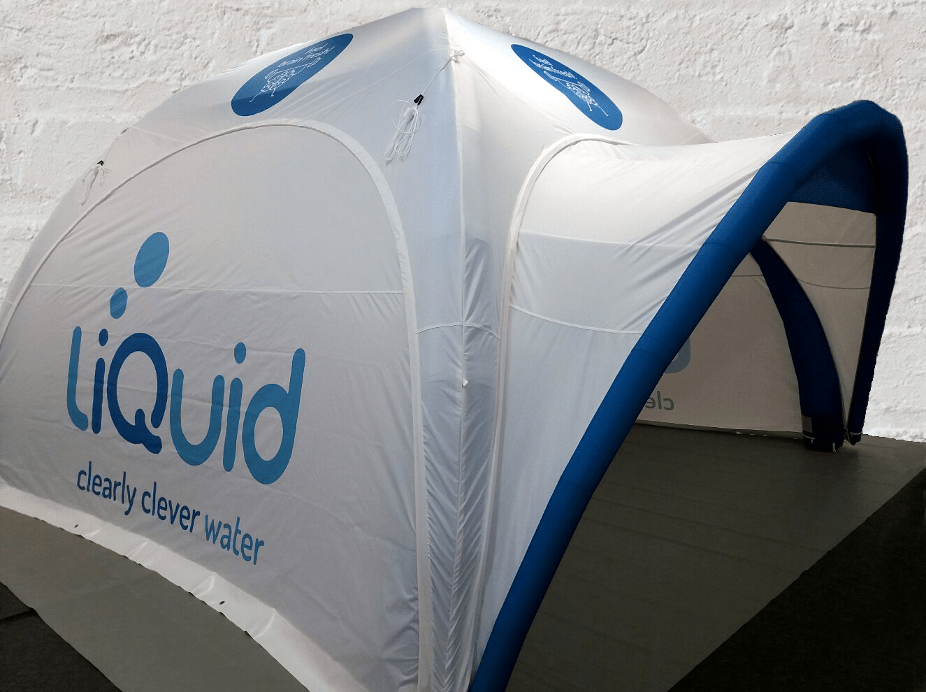 Thinknblink choose the 4mx 4m Axion Square Event Tent for their client liQuid.